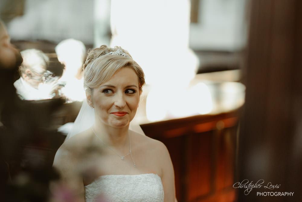 SANDHOLE-OAK-BARN-WEDDING-19