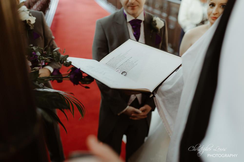 SANDHOLE-OAK-BARN-WEDDING-20