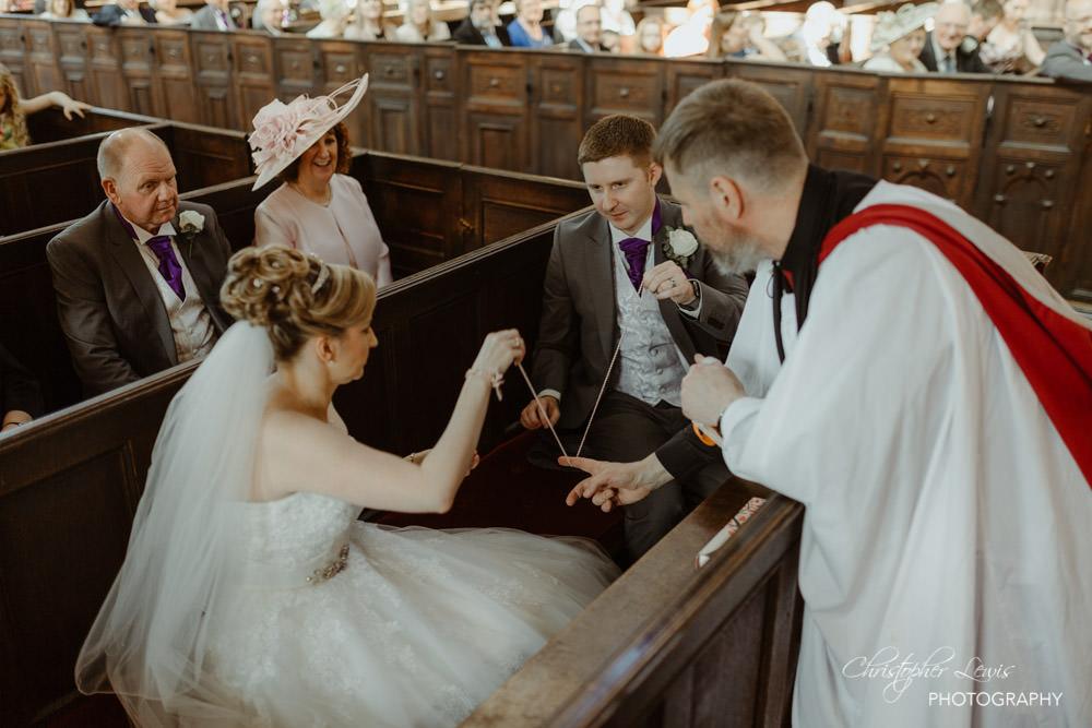 SANDHOLE-OAK-BARN-WEDDING-27