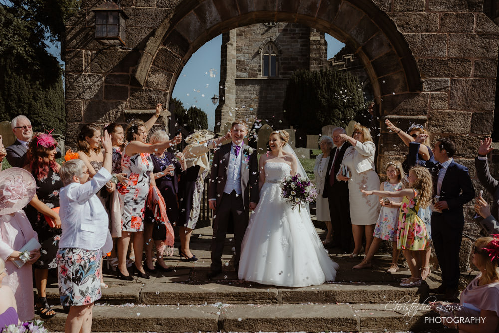 SANDHOLE-OAK-BARN-WEDDING-30