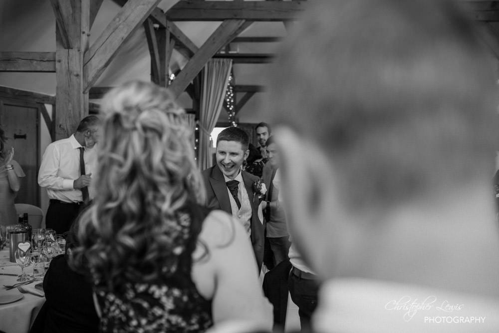 SANDHOLE-OAK-BARN-WEDDING-40