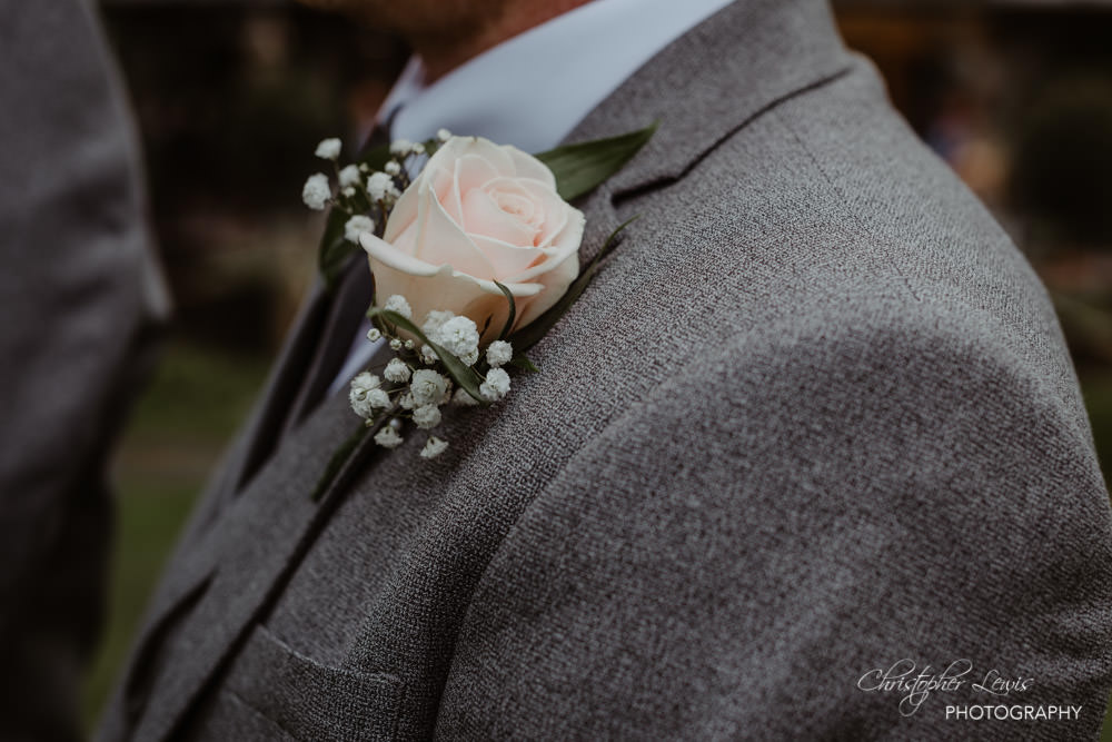 OAKTREE-OF-PEOVER-CHESHIRE-WEDDING-29