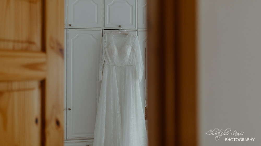 OAKTREE-OF-PEOVER-CHESHIRE-WEDDING-3