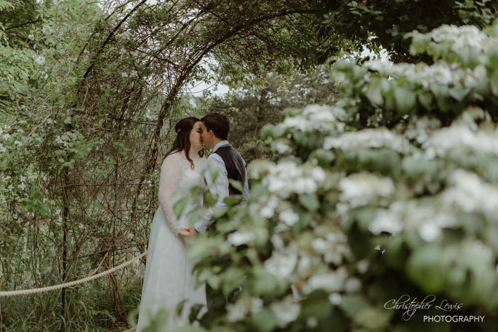OAKTREE-OF-PEOVER-CHESHIRE-WEDDING-64