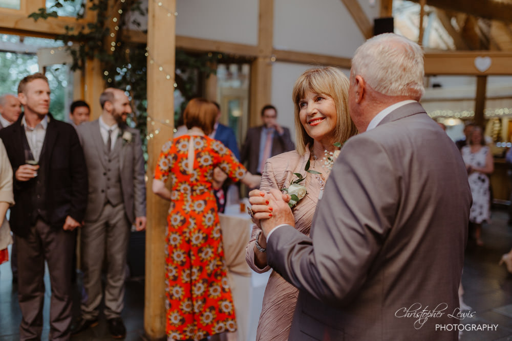 OAKTREE-OF-PEOVER-CHESHIRE-WEDDING-79