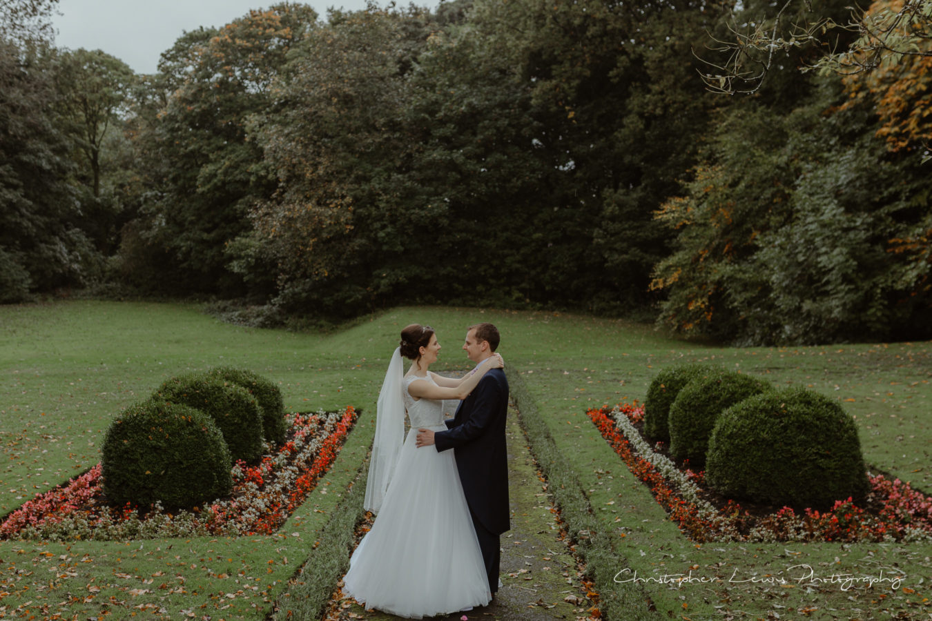 Ashfield-House-Wedding-Christopher-Lewis-Photography-46