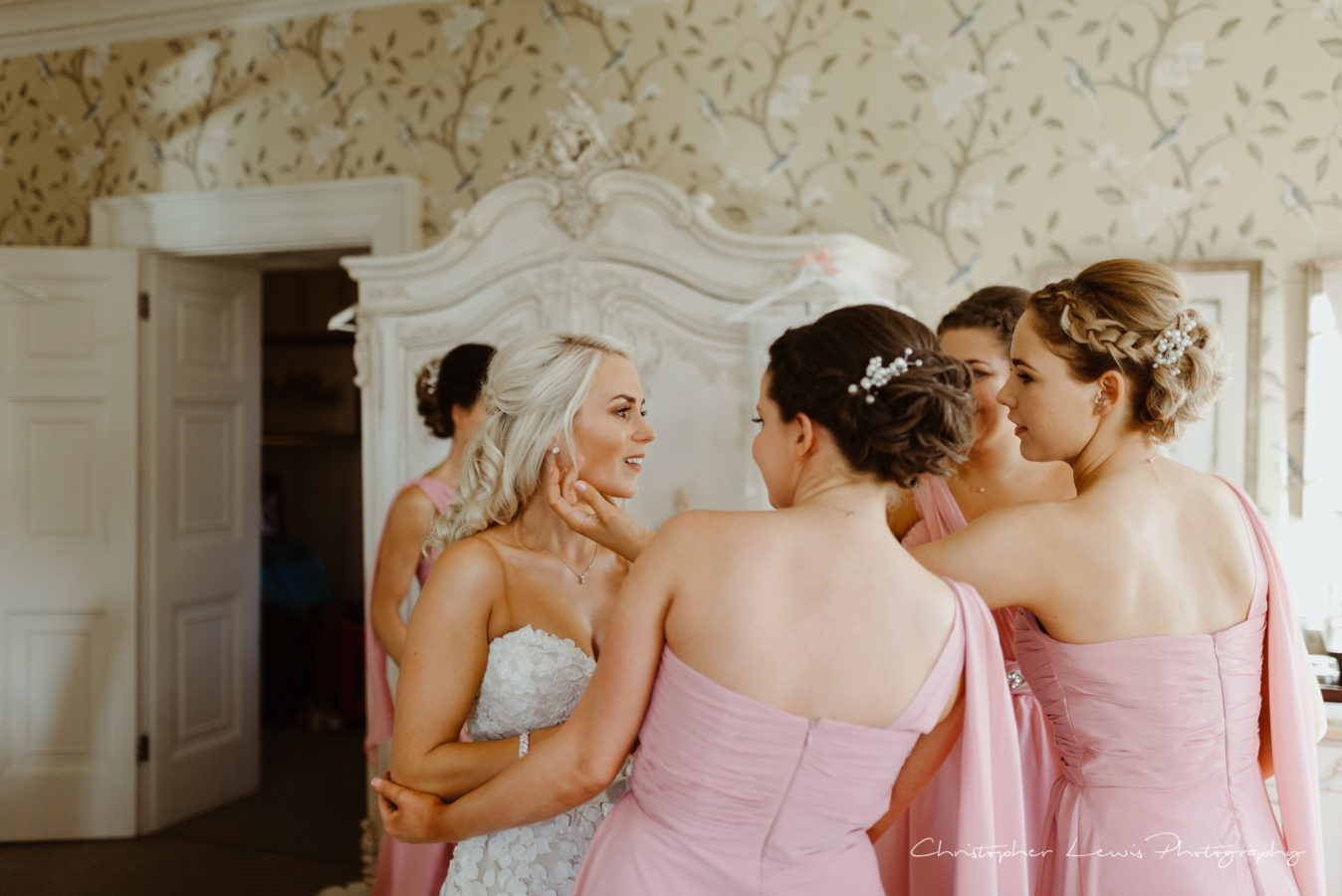 Eaves-Hall-Wedding- 18
