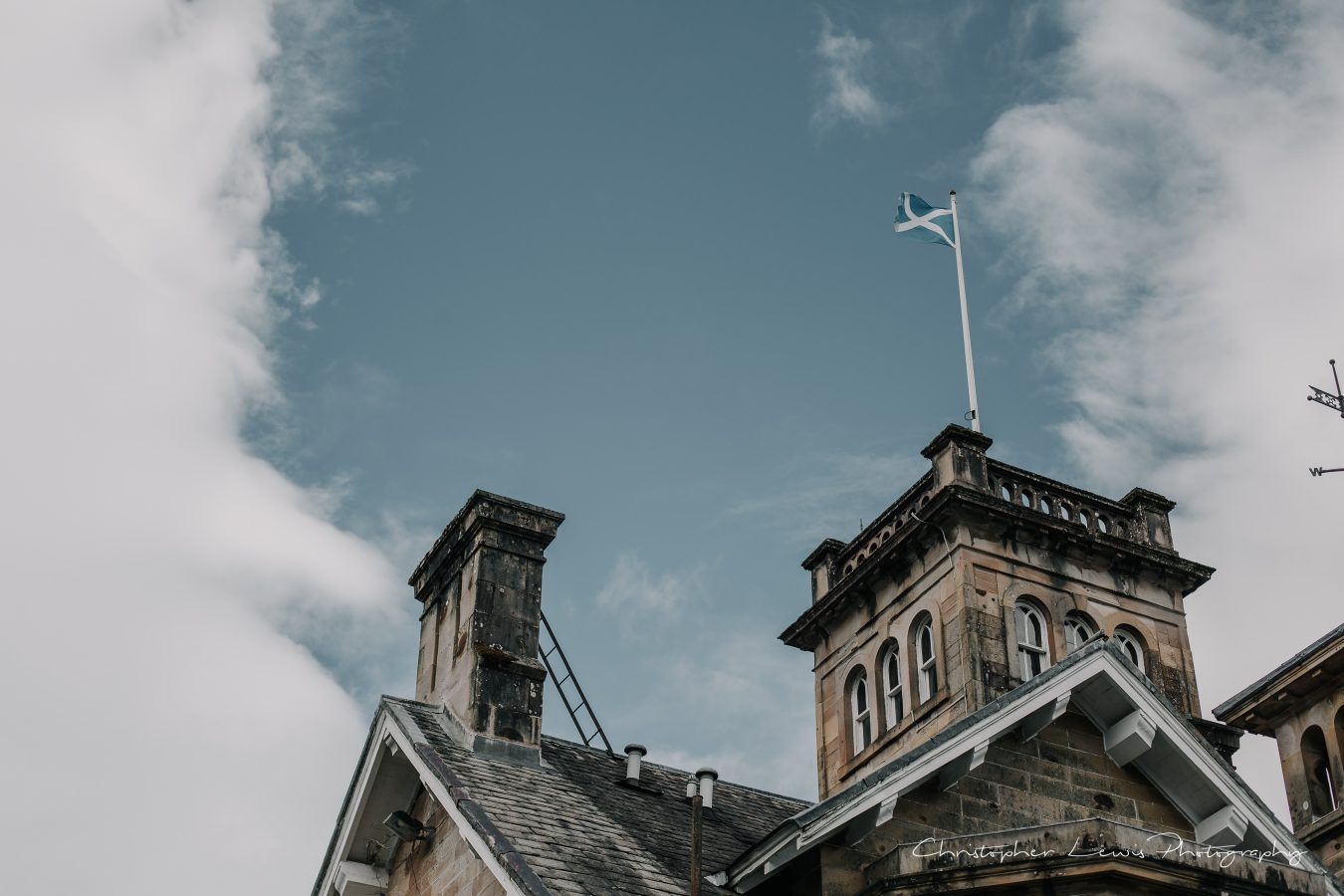 AUCHEN-CASTLE-SCOTLAND-WEDDING-18