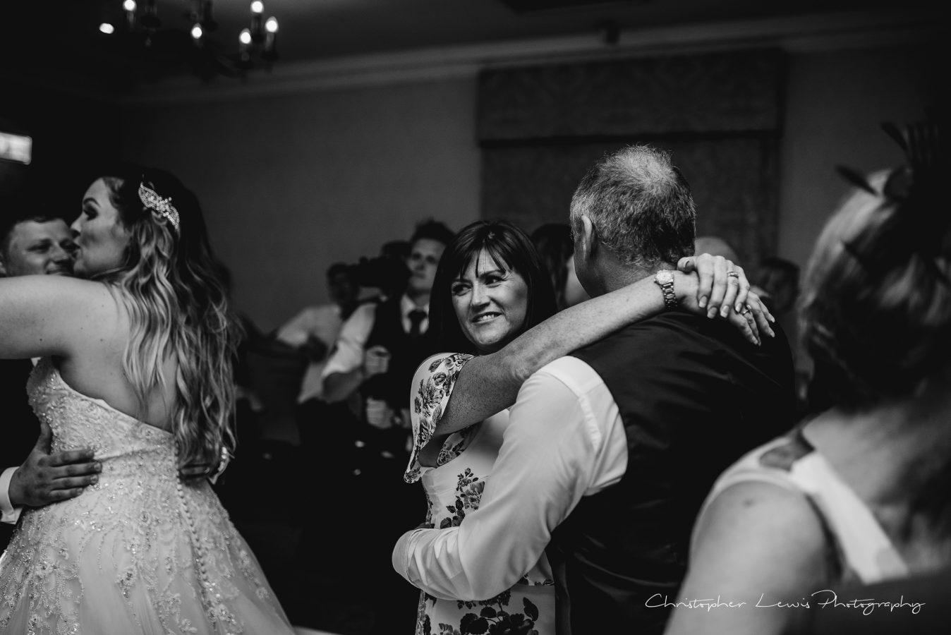 Mottram-Hall-Wedding-Christopher-Lewis-Photography- 144