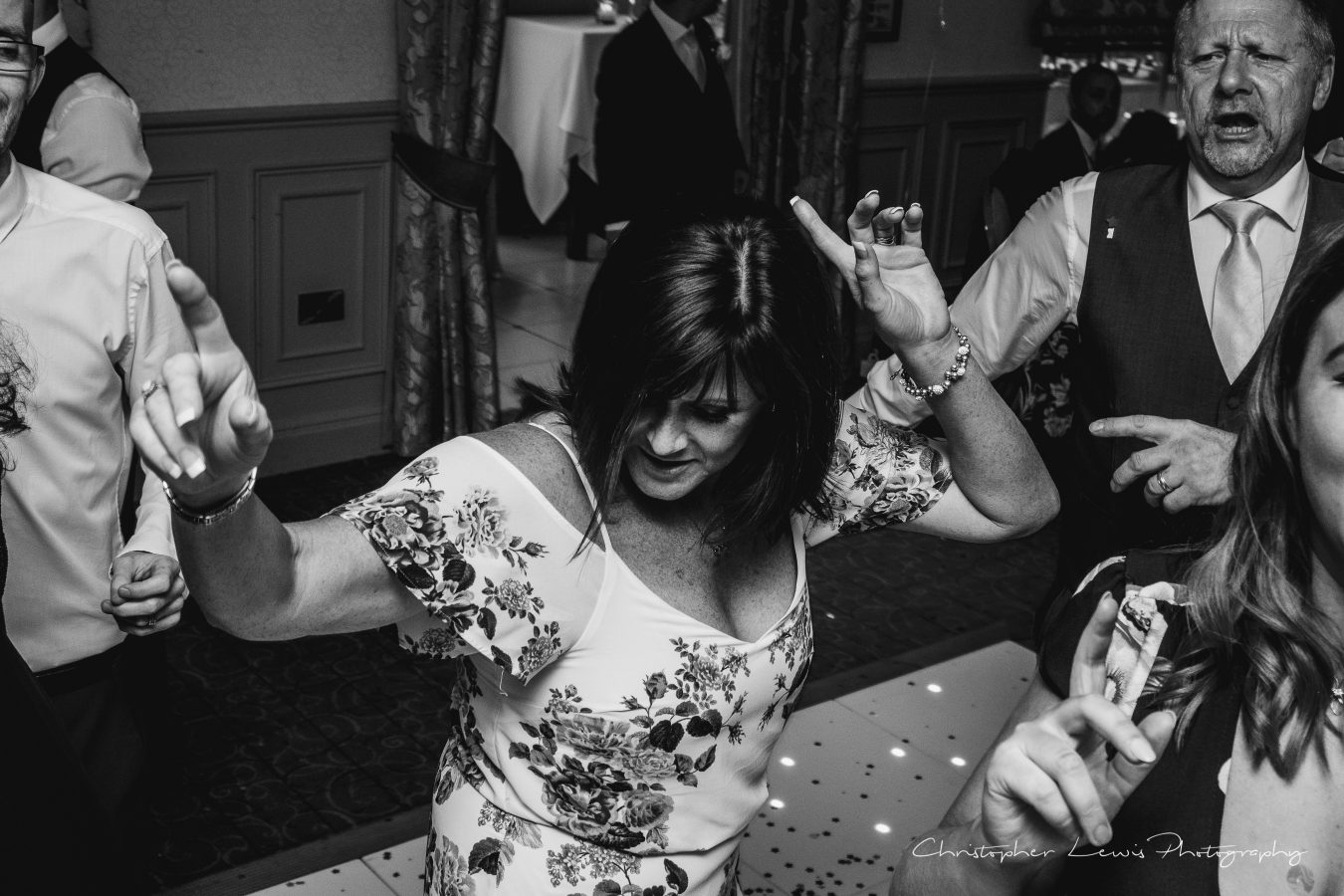 Mottram-Hall-Wedding-Christopher-Lewis-Photography- 151