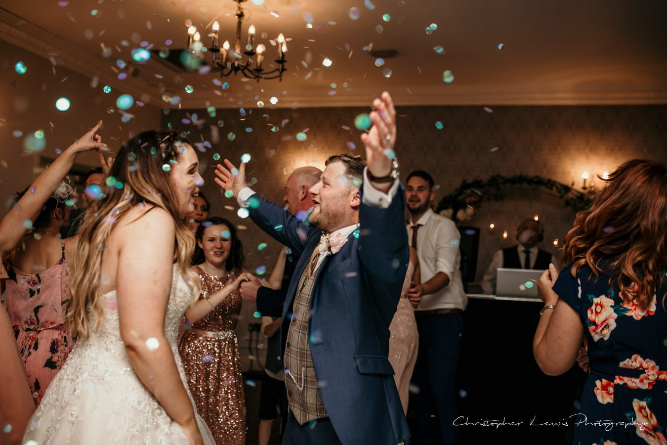 Mottram-Hall-Wedding-Christopher-Lewis-Photography- 154