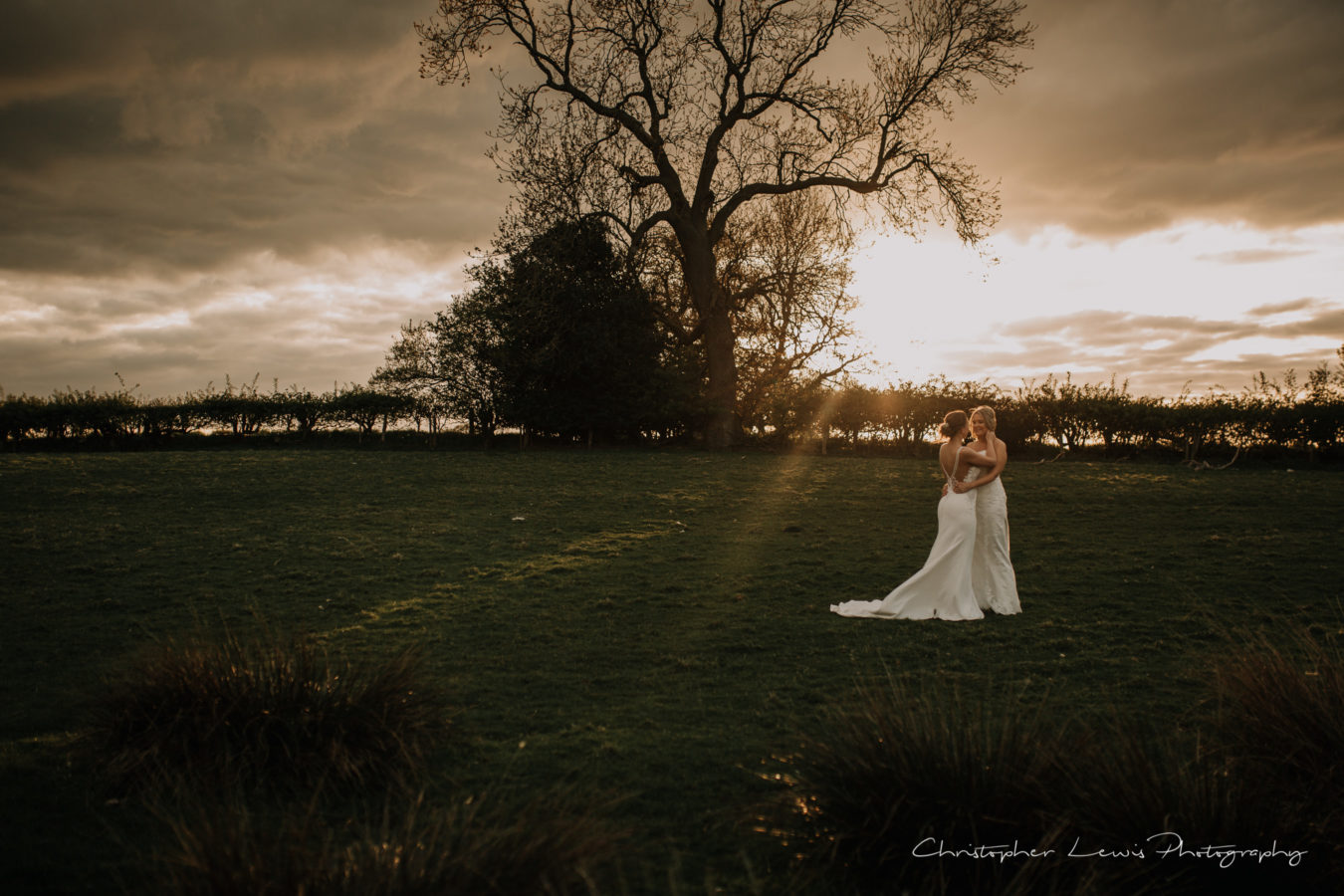 Sandhole-Oak-Barn-Wedding-Christopher-Lewis-Photography- 64
