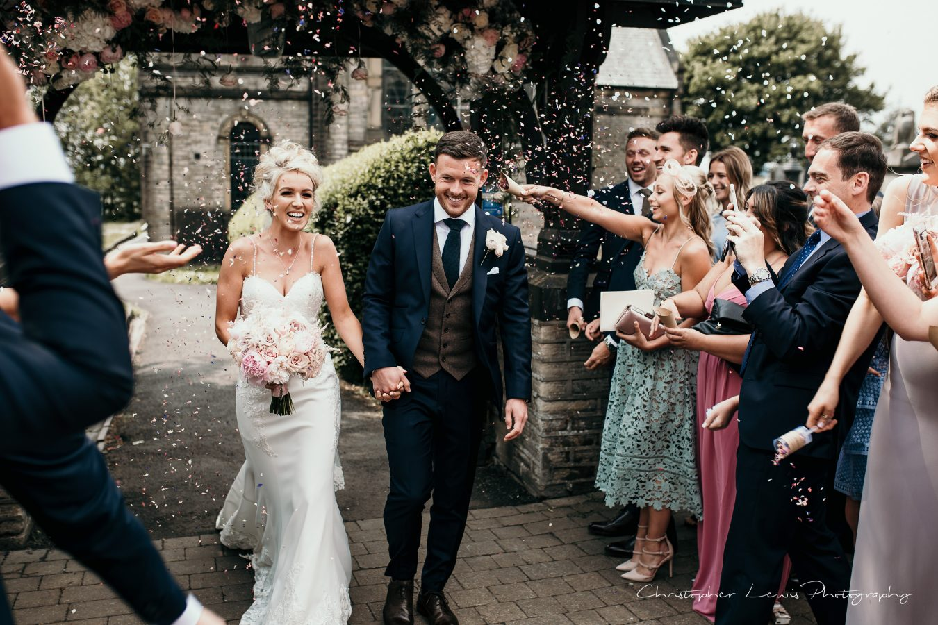 White-Hart-Lydgate-Wedding-Christopher-Lewis-Photography-104