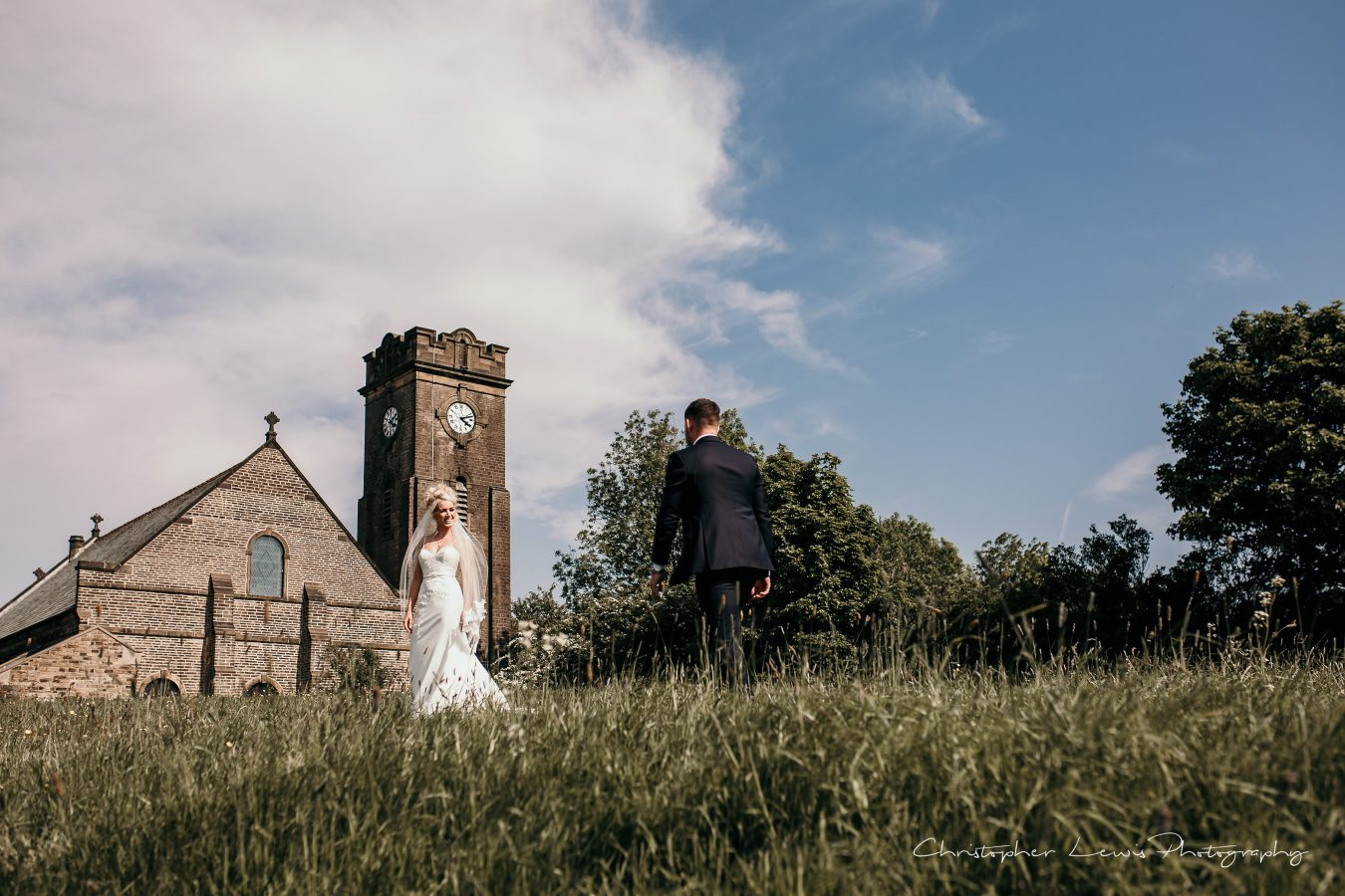 White-Hart-Lydgate-Wedding-Christopher-Lewis-Photography-160