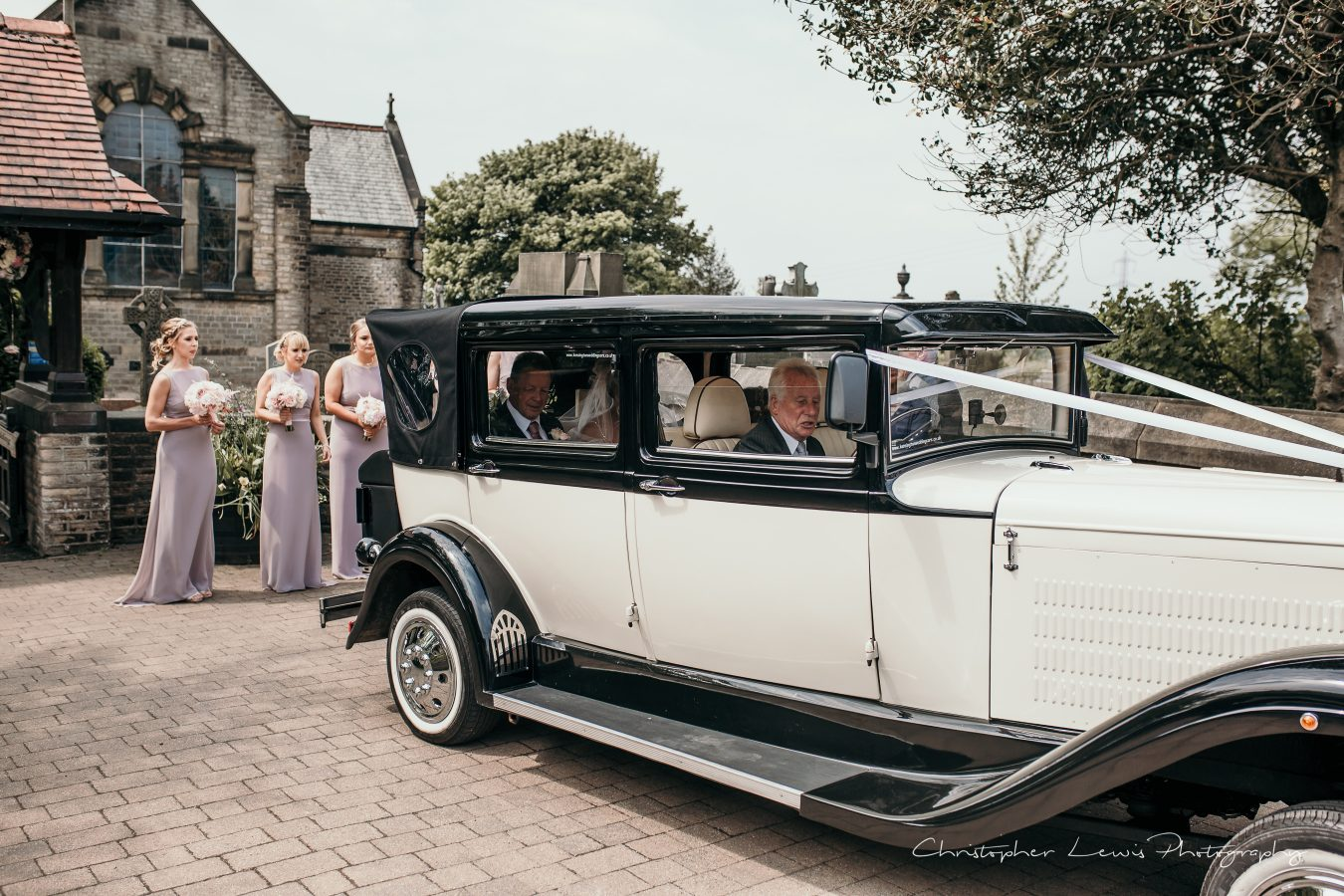 White-Hart-Lydgate-Wedding-Christopher-Lewis-Photography-54