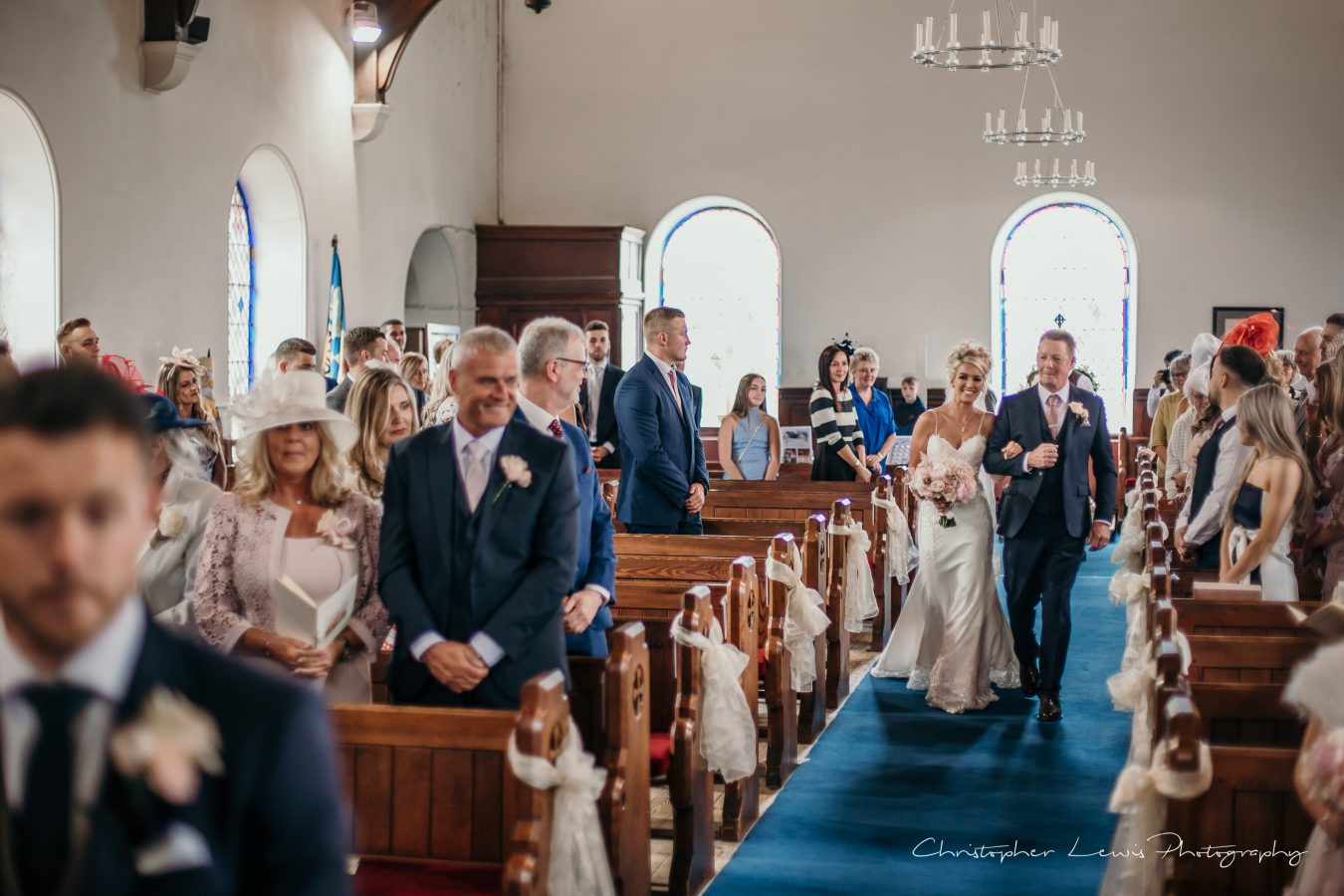 White-Hart-Lydgate-Wedding-Christopher-Lewis-Photography-66