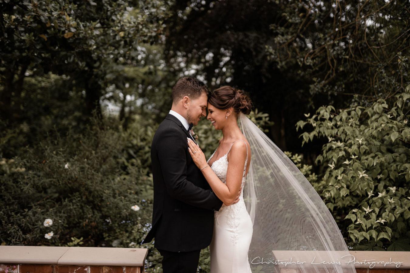 Ashfield-House-Wedding-Photographer-19